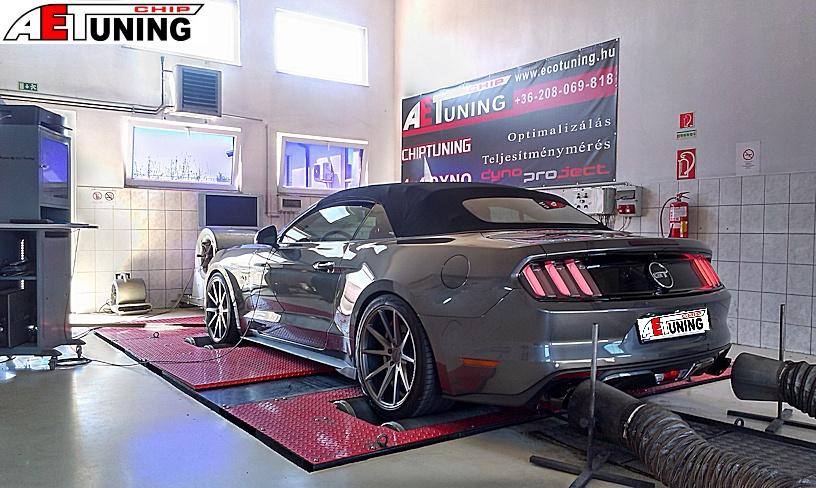 Ford Mustang 5.0 V8 motoroptimalizálás fékpadon